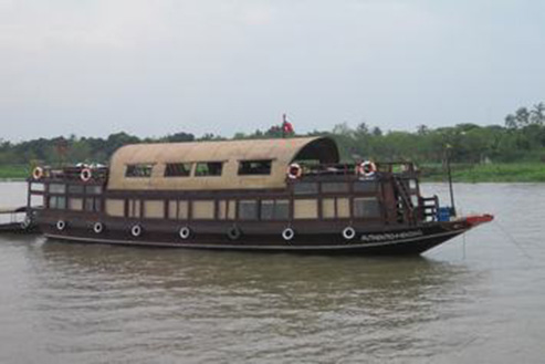 Sampan Authentic Mekong